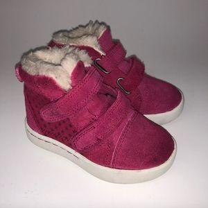 Ugg  Sneaker  Pink Toddler Girls Shoes Size 6